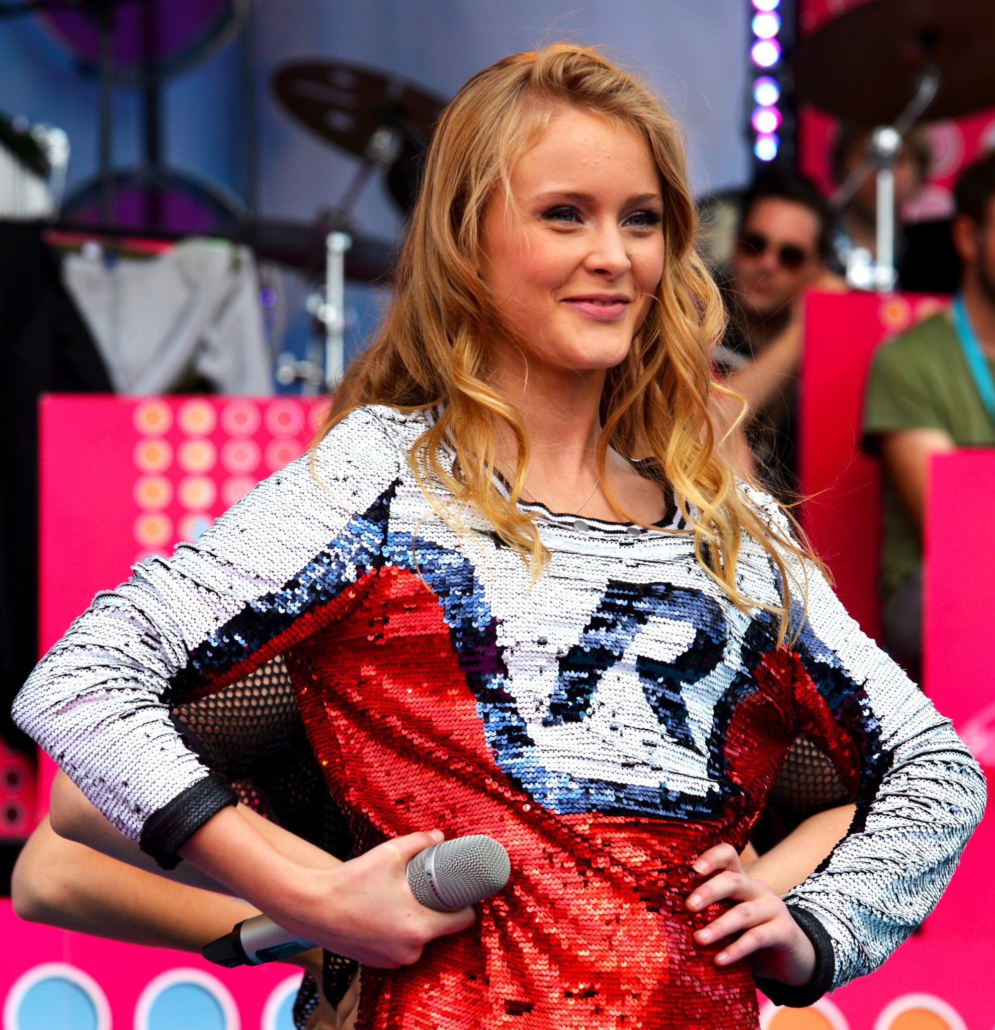 04008c3681 Rexius Records officially take a stand for Zara Larsson